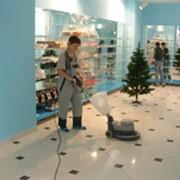 Уборка, восстановление блеска твердого и полутвердого напольного покрытия (плитка, линолеум, ПВХ и т.д.) фото