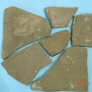 Песчаник неокантованный зелёный 2-3см фото
