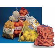 Тара из полипропилена для пищевых продуктов Сетка полиэтиленовая экструдированная для упаковки овощей фруктов и других пищевых продуктов. фото