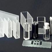 Кюветы стеклянные и кварцевые для любых спектрофотометров и спектрофлуориметров отечественного и зарубежного производства, фотометров серий КФК & ФЭК & МКМФ (оптический путь 1, 2, 3, 5, 10, 20, 30, 50 или 100 мм), гемоглобинометров и др фото