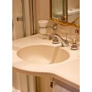 Умывальники из искусственного камня для ванных комнат фото