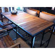 стол и стулья для дома кафе фото