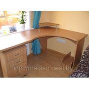 Изготовление компьютерных столов под заказ фото
