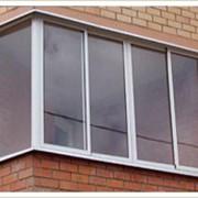 Остекление балконов и лоджий исполняется по желанию заказчика из алюминиевых раздвижных створок, окон ПВХ(если хотите, что бы лоджия была теплой) и деревяных рам фото