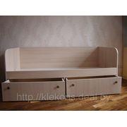 Кровать с шуфлядами фото