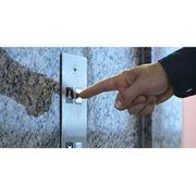 Лифты грузовые, Электрические лифты с машинным помещением фото