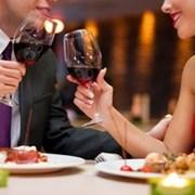 свидание в VIP - комнате ресторана фото