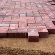 Услуги по качественной укладке тротуарной плитки на Бетонное (готовое) основание фото
