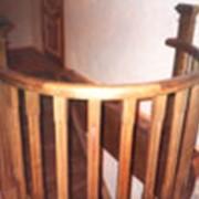 Лестница с закругленным ограждением фото