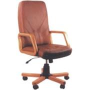 Офисные кресла и стулья фото
