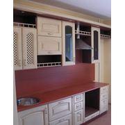 Кухни с фасадом из массива фото
