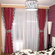 Студия текстиля «Модные ШТОРЫ» в городе Харьков специализируется на оформлении окон, разработке дизайна и пошиве штор, гардин, покрывал, подушек и других декоративных аксессуаров. фото