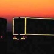 Световозвращающая пленка для контурной маркировки транспортных средств фото