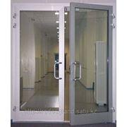 Распашные и полуавтоматические двери