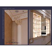 Декорирование золотом элементов мебели багетов фактуры стен. Патенирование золотом. фото
