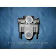 Кран тормозной Шанкси ( Shaanxi) F3000 фото