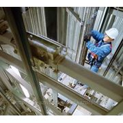 Осуществляем монтаж и обслуживание лифтов, эскалаторов, траволаторов фотография