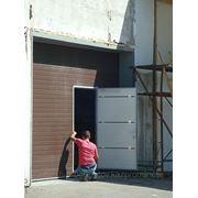 Ворота гаражные секционные с электроприводом