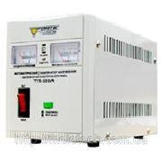 Стабилизатор напряжения FORTE TVR-2000VA фото
