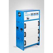 Трехфазный стабилизатор напряжения 3х10000Вт серия FLAGMAN фото