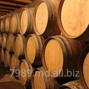 Дубовые винные бочки в Молдове фото