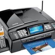 МФУ Brother MFC-990CW Новинка! Цветной струйный принтер, копир, сканер, факс с цифровой беспроводной трубкой формата А4 фото