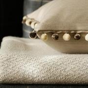 Ремонт, стирка готовых текстильных изделий. фото