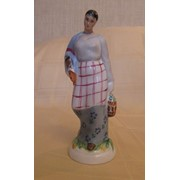 Статуэтка Женщина с покупками с базара ЛФЗ фото