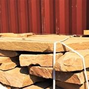 Природный камень плитняк бежевый 7-10 см фото