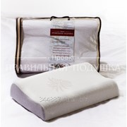 Эргономичная подушка ортопедической формы из пенонаполнителя с эффектом «памяти» «Милавушка». фото
