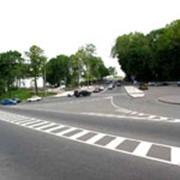 Нанесение дорожной разметки фото