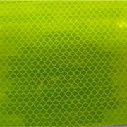 Световозвращающая пленка DG3 фирмы 3М (ТМ) флуоресцентная алмазного типа. Серия 4083. фото