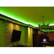 установка натяжных потолков подсветка фото