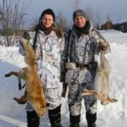 Стоимость обслуживания (сопровождение егерей, транспорт на охоте, лицензии) на одного охотника в день охоты. фото