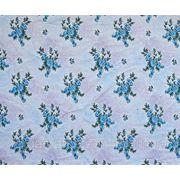 Ткань постельная Яблоневый цвет голубой на красном напылении фото