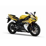 Мотоцикл Yamaha YZF-R1 фото