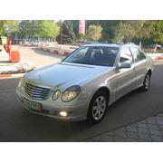 Продажа подержанных автомобилей Mercedes E 220 Classic фото