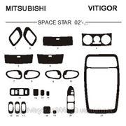 Mitsubishi SPACE STAR 02' - ... Светлое дерево, темное дерево, темный орех, черный, синий, желтый, красный фото