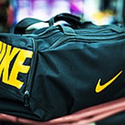 Спортивная дорожная сумка NIKE черная 48х25х25см фото