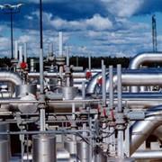 Промысловый нефтегазопровод. фото