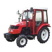 Трактор (24 л.с 4*4) Тракторы фото