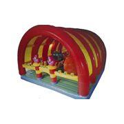 Надувной детский батутный комплекс фото