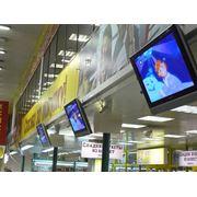 Мониторы для рекламы в местах торговли фото