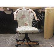 Перетяжка кресла на металлокаркасе фото