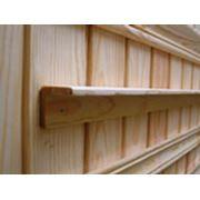 Уголок деревянный фото