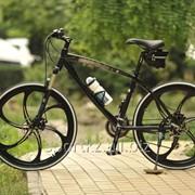 Велосипед BMW со стальной рамой фото