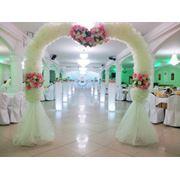Оформление свадебы. Арка и акжол. фото