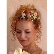 Аксессуары из живых и искусственных цветов: бутоньерки цветы в прическу браслеты фото