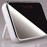 Часы настольные со встроенной видеокамерой фото