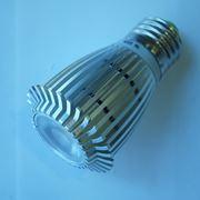 7-ваттная спотовая светодиодная лампа фото